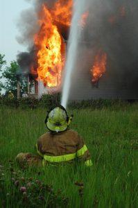 איך בוחרים יועץ בטיחות אש מקצועי ומנוסה?